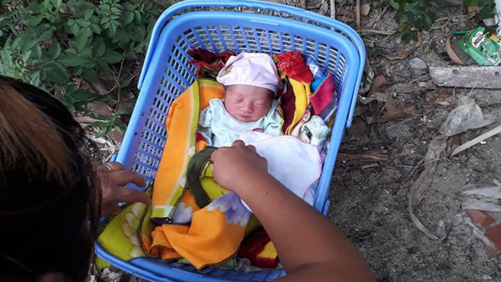 Bắc Giang: Trẻ sơ sinh bị bỏ rơi ở xã Tiên Lục (Lạng Giang) đã được nhận nuôi